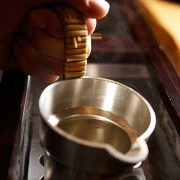 """""""Comment préparer et apprécier le saké """"Okan"""" (Kanzake = saké tiédi ou chauffé) - Salon Européen du Saké et des boissons japonaises 2018"""